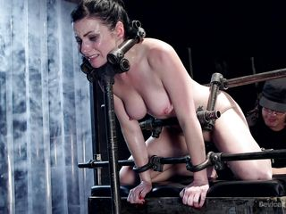 orlando tames verucan james by tying her up