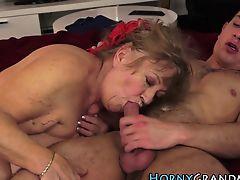 Old lady masseuse fucked