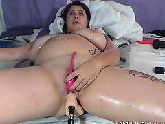 Lustful Bbw Toying Her Sweet Hole