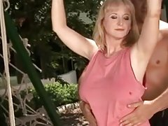 Victoria Swinger got laid by the pool