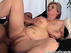 juicy granny snatch fucked